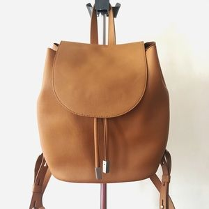 Everlane Petra Backpack Camel Italian Leather